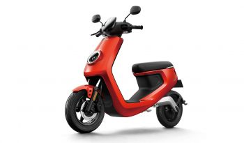 NIU M-Series Pro Elektro-Roller voll