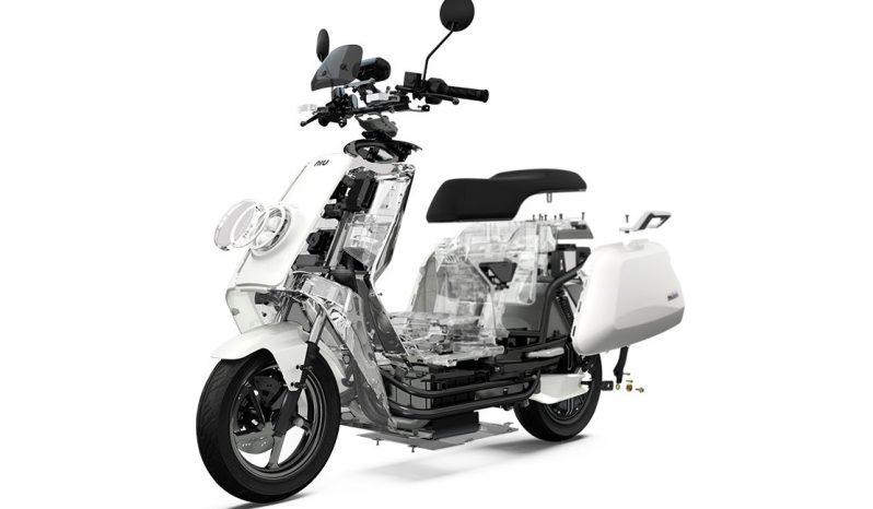 NIU N1S Elektro-Roller voll