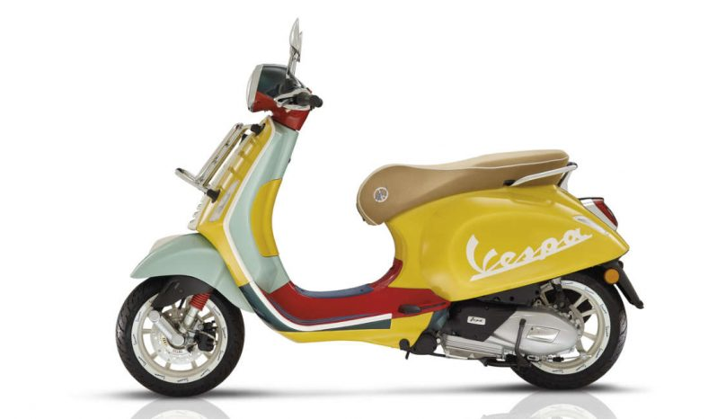 Vespa Primavera Touring 125 3V iGet ABS Sean Wotherspoon full